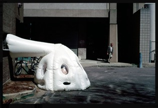 Michael Rakowitz, parasite (1998), plastic bags, polyethelyne tubing, hooks, tape. Photo courtesy Michael Rakowitz (www.michaelrakowitz.com)